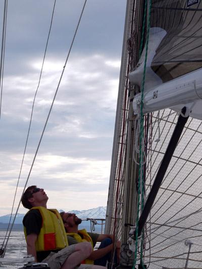 aaron-ed-sailing-alaska (82k image)