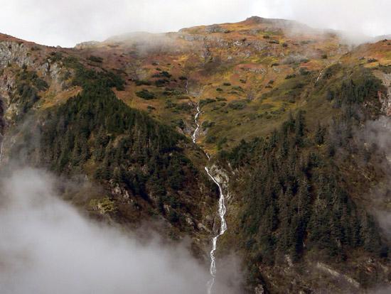 autumn-tundra-mid (94k image)