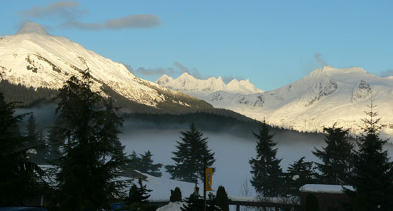 campus-snow-fog (50k image)