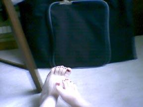 feet (19k image)