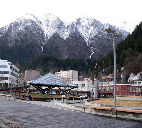 juneau-alaska-boardwalk-marine-park (105k image)