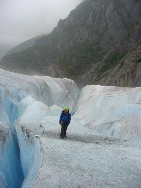 juneau-ice-field-glacier-trek (80k image)