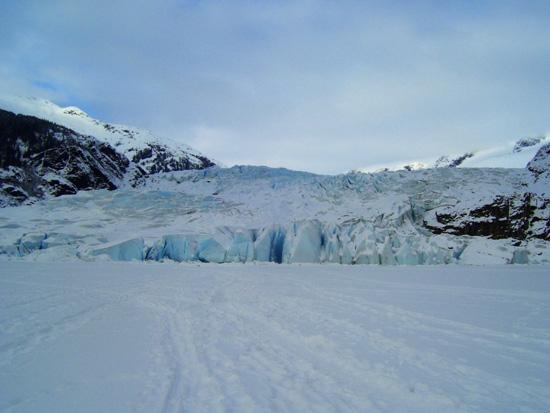 mendenhall-glacier-juneau (91k image)