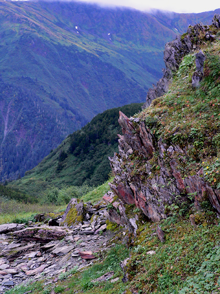 mount-roberts-juneau-hike-r (233k image)