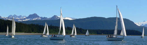 race-starts-auke-bay-sailing-thumb (28k image)