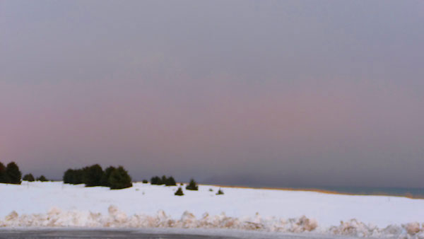 snowy-beach-trees-pink-clou (14k image)