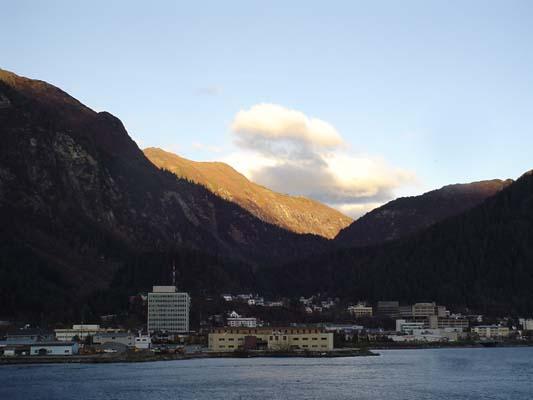 town-from-bridge (35k image)
